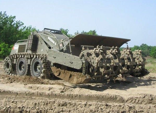 military mine clearing vehicle, army mine clearing vehicle, mine clearing equipment, bozena 5 mine clearing vehicle