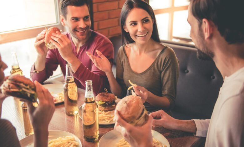 Eating Habits to Avoid if You Don't Want High Cholesterol, Say Dietitians