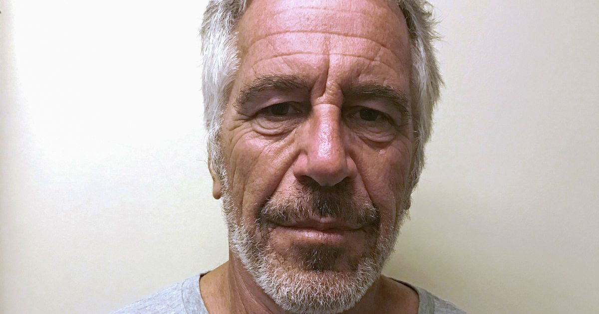 Photo of 'Napping' Jeffrey Epstein guards admit lying about watching him on night he died