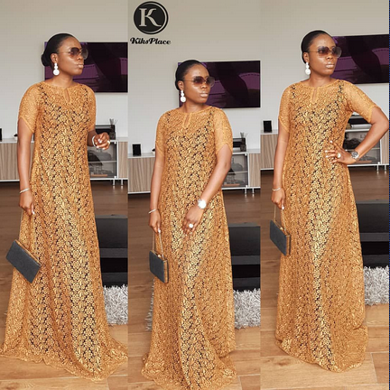 long lace gown styles for ladies