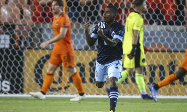 Photo of Vancouver Whitecaps finally score from the field, but problems persist