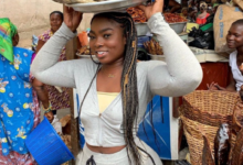 Photo of Check out these romantic photos of a curvy fish seller