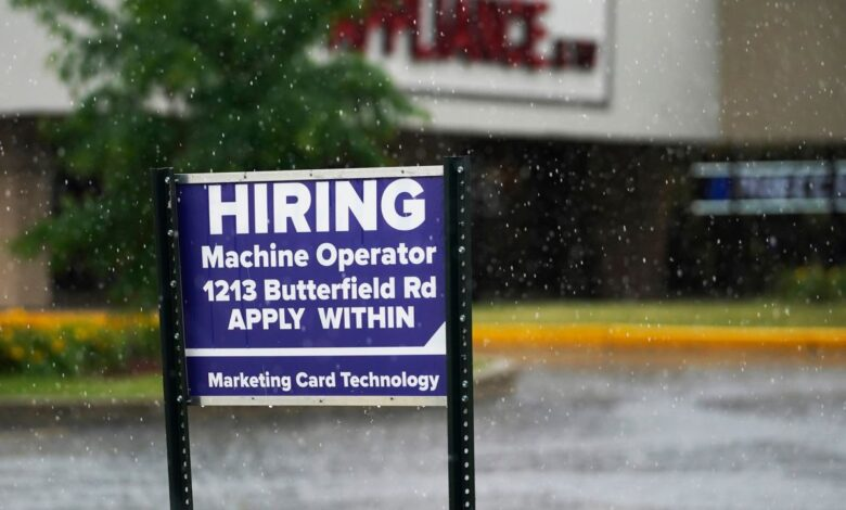Photo of As U.S. companies scramble to hire, workers enjoy upper hand