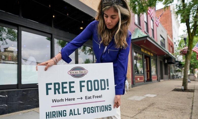 Photo of U.S. jobless claims tick up to 373,000 from a pandemic low