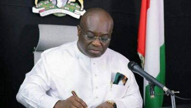 Photo of Governor Ikpeazu Reveals He Lives In 3 Bedroom Apartment, Explains Why