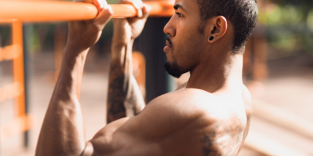 How to Build Your Biceps Without Ever Doing A Curl