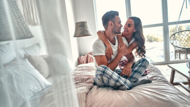 Photo of 12 Sexiest Songs To Listen To While In Bed With Your Partner